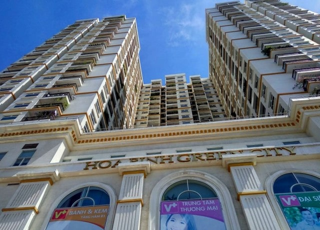 Tòa nhà Hòa Bình Green City mạ vàng cao cấp