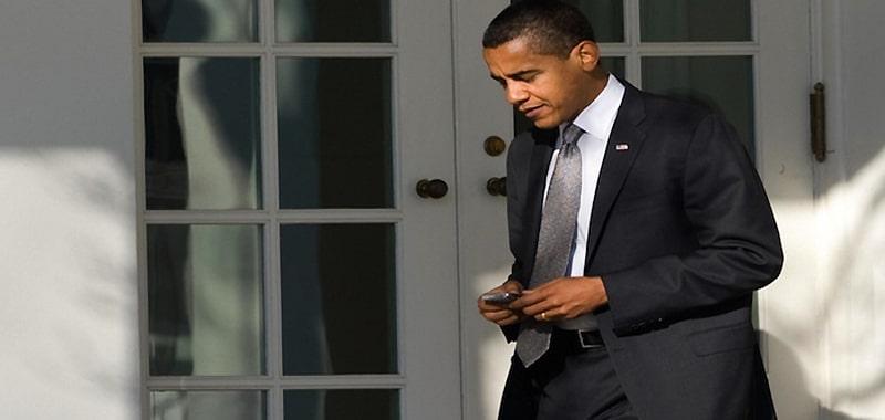 Tổng thống obama không dùng điện thoại iphone