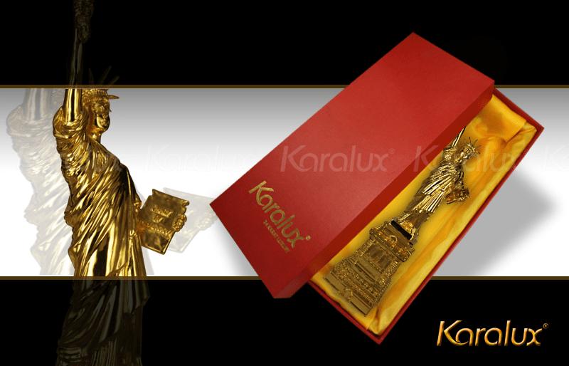 Tuong nu than tu do ma vang|Nữ Thần Tự do mạ vàng 24k