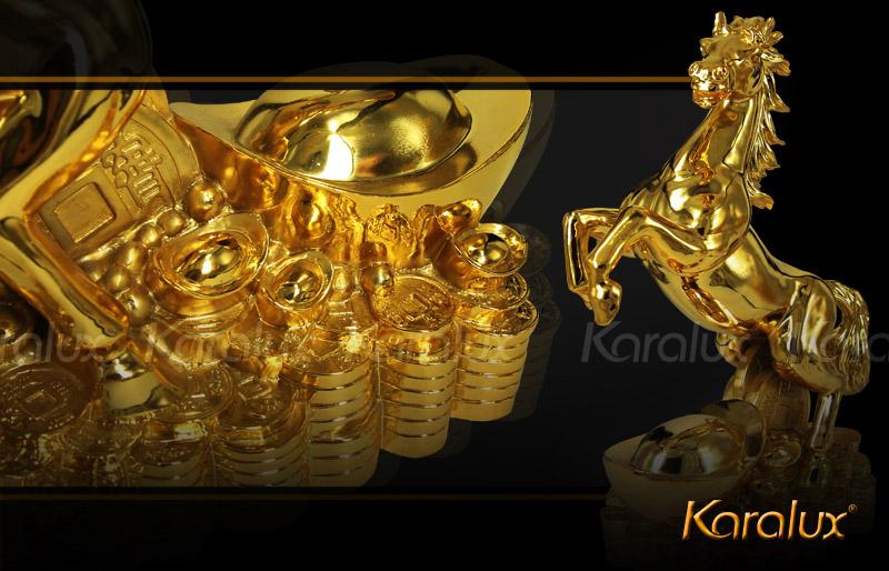 Tượng ngựa mạ vàng thịnh vượng đem lại may mắn, sung túc dịp năm mới