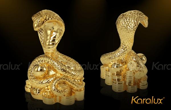 Linh vật rắn phong thủy mạ vàng 2