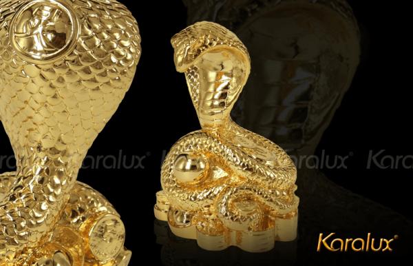 Linh vật rắn phong thủy mạ vàng 1