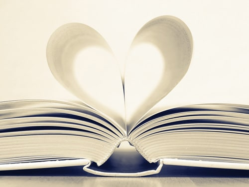 Quà Valentine cho vợ là cuốn sách đặc biệt
