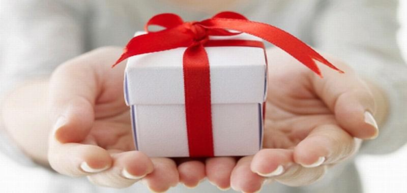 5 món quà tặng khách hàng VIP dị