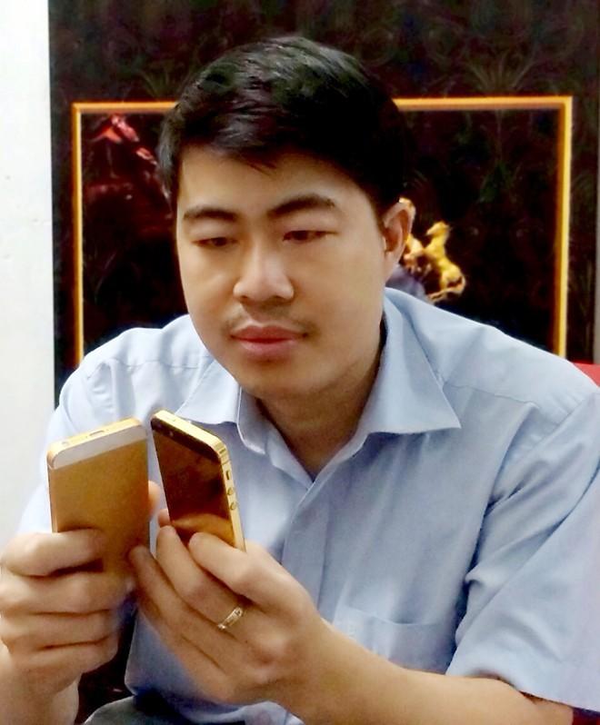 """Cha đẻ của bông hồng dát vàng """"made in"""" Việt Nam"""