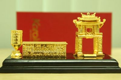 Tranh Khuê Văn Các mạ vàng phiên bản để bàn 18