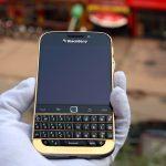 BlackBerry Classic mạ vàng 6