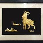 Bức tranh Dê phú quý mạ vàng 24K bày bán tại Hà Nội, Tp HCM
