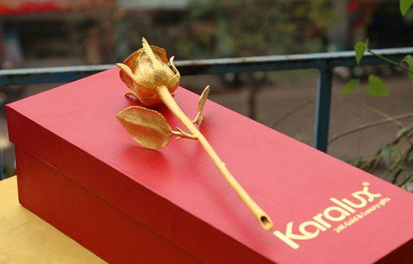 Bông hồng đúc vàng 24K đính kim cương 5