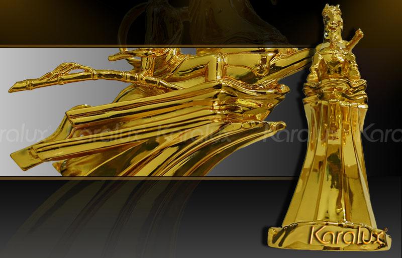 Tượng Thánh Gióng mạ vàng độc đáo 9