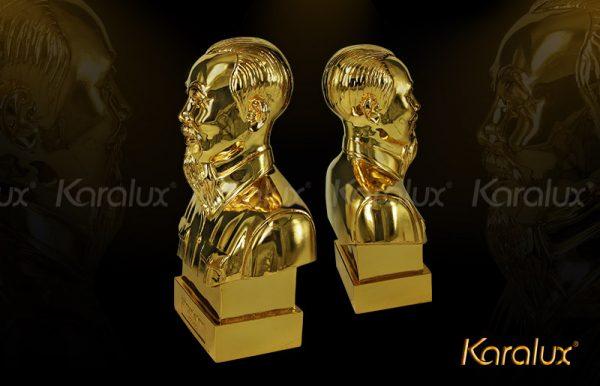 Tượng Bác Hồ bán thân mạ vàng bởi Karalux