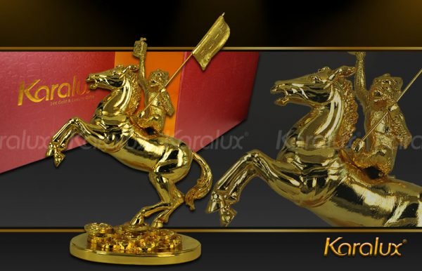 Tượng Mã thượng phong hầu mạ vàng ( mẫu 2 ) 3