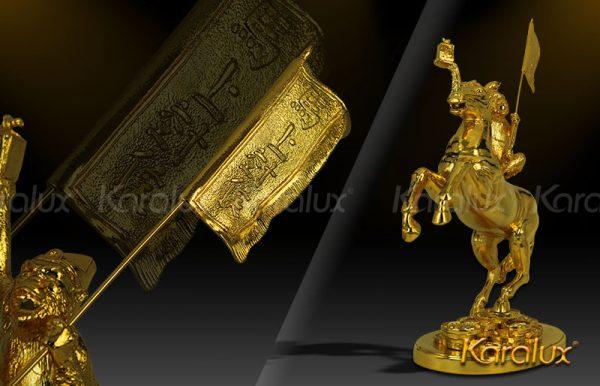 Tượng Mã thượng phong hầu mạ vàng ( mẫu 2 ) 1