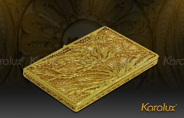 Hộp đựng danh thiếp kết hình hoa sen mạ vàng 3
