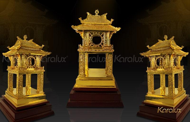 Khuê văn các mạ vàng