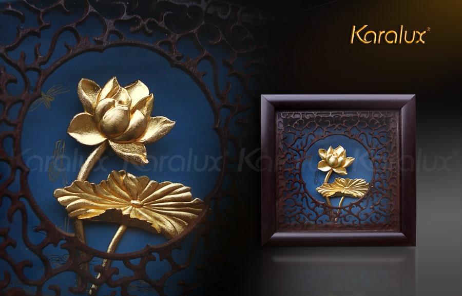 Bức tranh hoa sen để bàn mạ vàng 24K 10