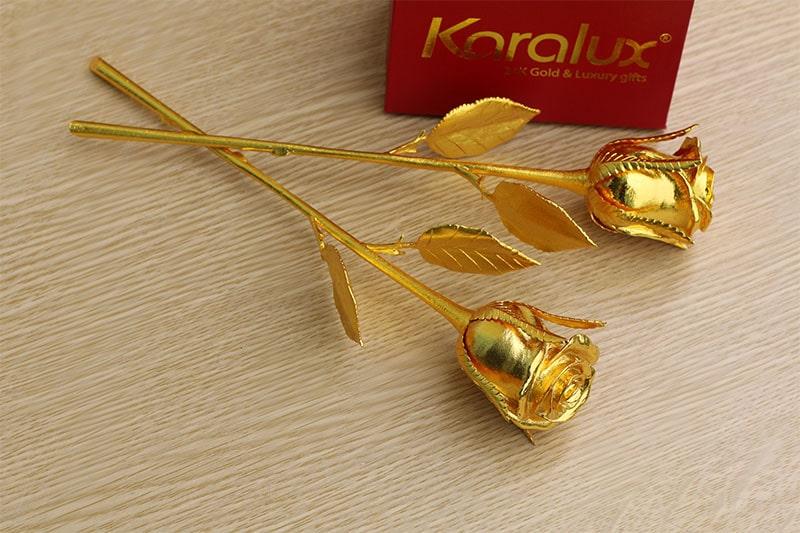 Giá hoa hồng vàng 24K mang thương hiệu Karalux