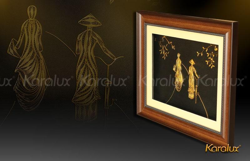 Giá bán tranh cô gái bằng bạc mạ vàng Karalux