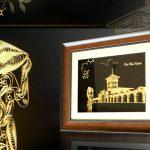 Bức tranh chợ Bến Thành mạ vàng 3