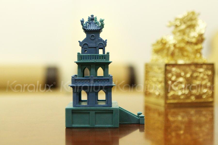 Mô hình Tháp Rùa mạ vàng 18