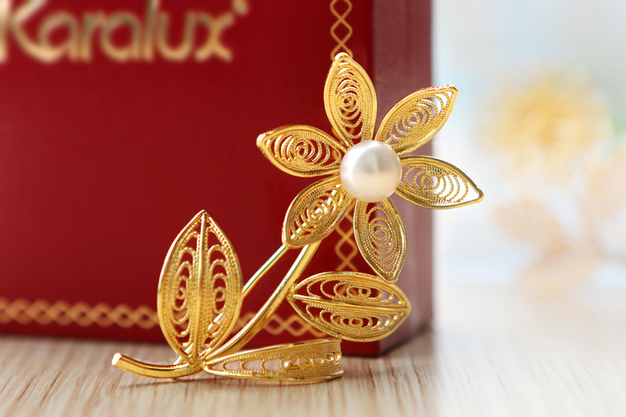 Hoa cài áo mạ vàng – VDB-0006