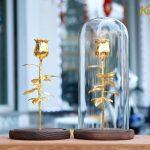 Bông hoa hồng mạ vàng với chụp thủy tinh Karalux 5