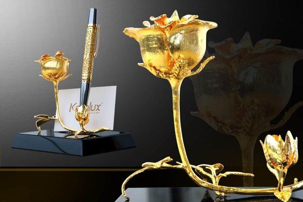 """Bông hoa hồng mạ vàng """"3 in 1"""" với đế pha lê đen sang trọng 1"""