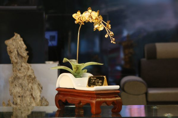"""Hoa phong lan mạ vàng """"Cành vàng lá ngọc"""" 1"""