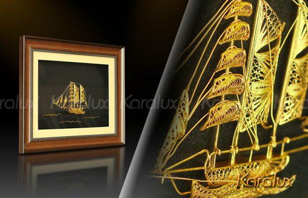 Tranh thuyền buồm phong thủy bằng bạc mạ vàng 2