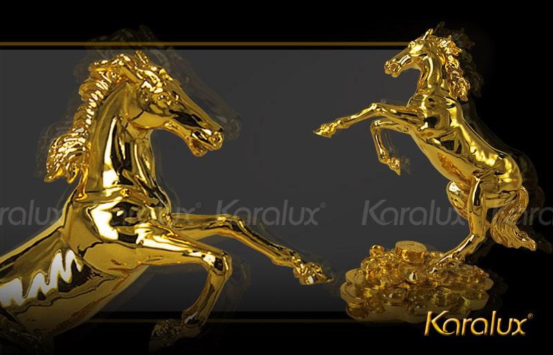 Linh vật ngựa mạ vàng 24k độc đáo và sang trọng