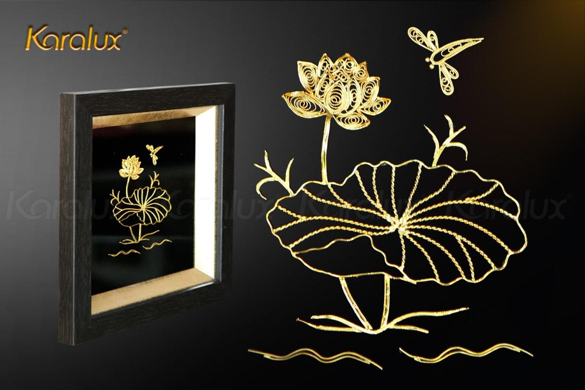 Tranh hoa sen để bàn mạ vàng 24k 11