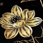 Tranh hoa sen phong thủy mạ vàng 5