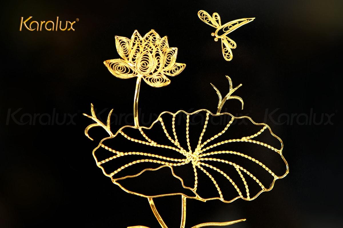 Tranh hoa sen để bàn mạ vàng 24k 12