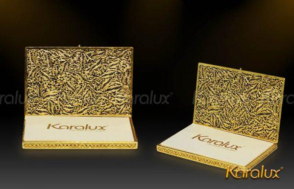 Hộp đựng danh thiếp mạ vàng hoa tiết văn độc đáo 1