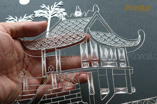 Các chi tiết tranh đều được các nghệ nhân kim hoàn chế tác tinh xảo từ sợi bạc nguyên chất