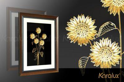 Tranh hoa hướng dương được chế tác thủ công từ bạc ta, bề mặt mạ vàng 24K