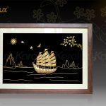 Tranh thuyền buồm thuận buồm xuôi gió mạ vàng Karalux 14