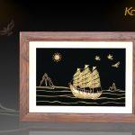Tranh thuyền buồm thuận buồm xuôi gió mạ vàng Karalux 22