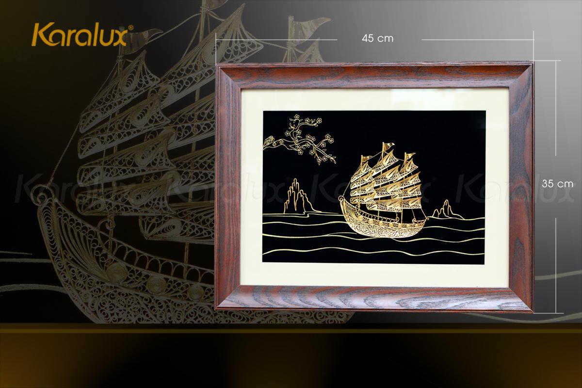 Tranh thuyền buồm thuận buồm xuôi gió mạ vàng Karalux 28