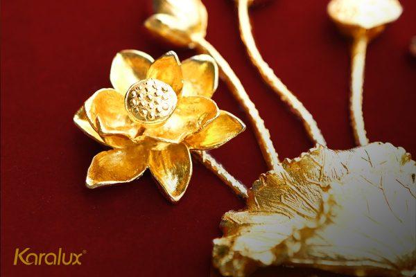 Tranh cá chép hoa sen mạ vàng 3