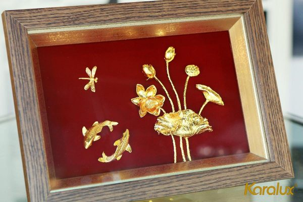 Tranh cá chép hoa sen mạ vàng 2