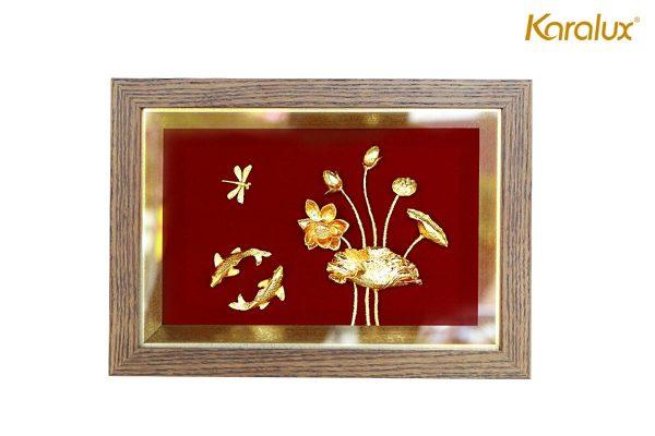 Tranh cá chép hoa sen mạ vàng 4