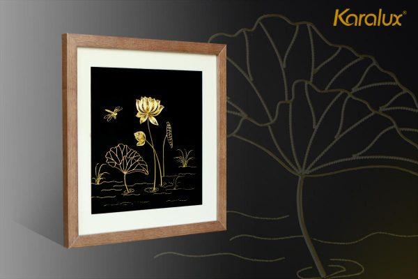 Tranh hoa sen chế tác thủ công từ bạc mạ vàng 24k 2