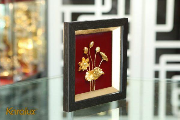 Tranh phù điêu hoa sen mạ vàng 24k 2