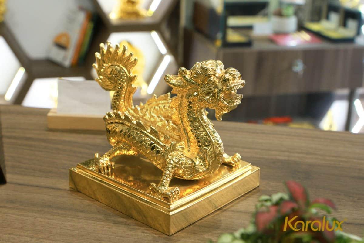 Ấn rồng mạ vàng Sắc mệnh chi bảo 9