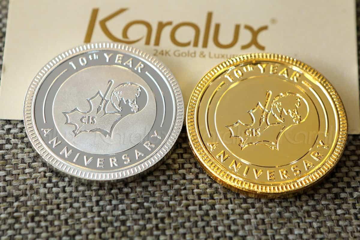 Đồng xu mạ vàng làm quà tặng kỷ niệm 10 năm thành lập trường quốc tế CIS 3