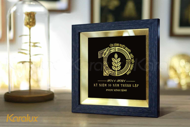 Quà tặng kỷ niệm 10 năm thành lập công ty PVCFC 1