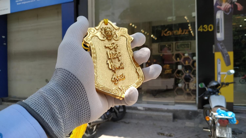 Lệnh bài Đệ Nhất Minh Giáo mạ vàng 24k được thiết kế và chế tác bởi Karalux